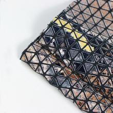 三角纹烫金箱包革 强烈推荐