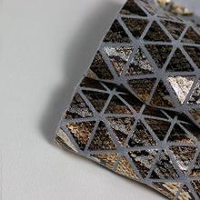 三角纹烫金箱包革 大量现货