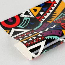 必买好货贴膜淋涂PU几何纹麂皮绒1.0mm适用于箱包,鞋材等