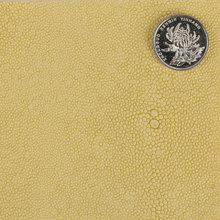 大颖产品新上线 仿古PVC 珍珠鱼 单针弹力布底0.8mm 用于箱包手袋等