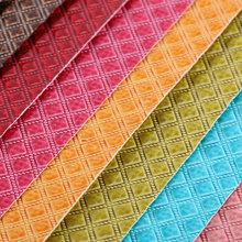 PVC革 钻石纹 水刺底0.8mm 具有湿气固化效果 适用于电子包装,工艺礼品盒等